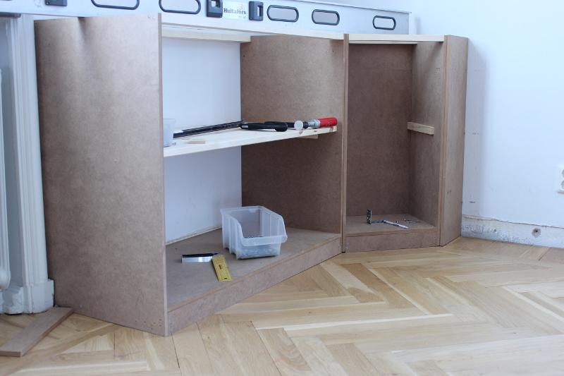 bokhylla underdel höger