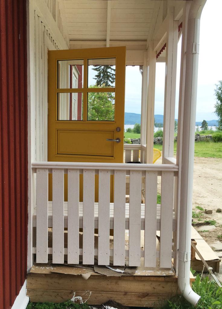 guladörren-öppen